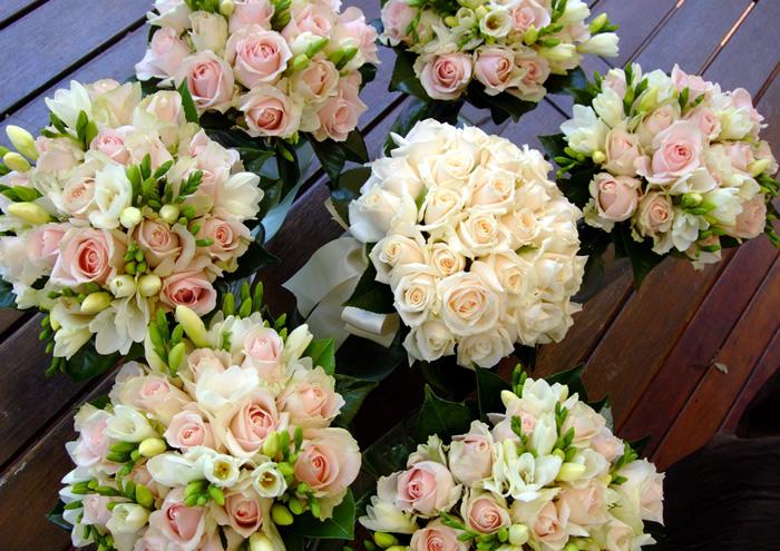 Arreglos de rosas madrid decoraci n floral elegante - Decoracion floral para bodas ...